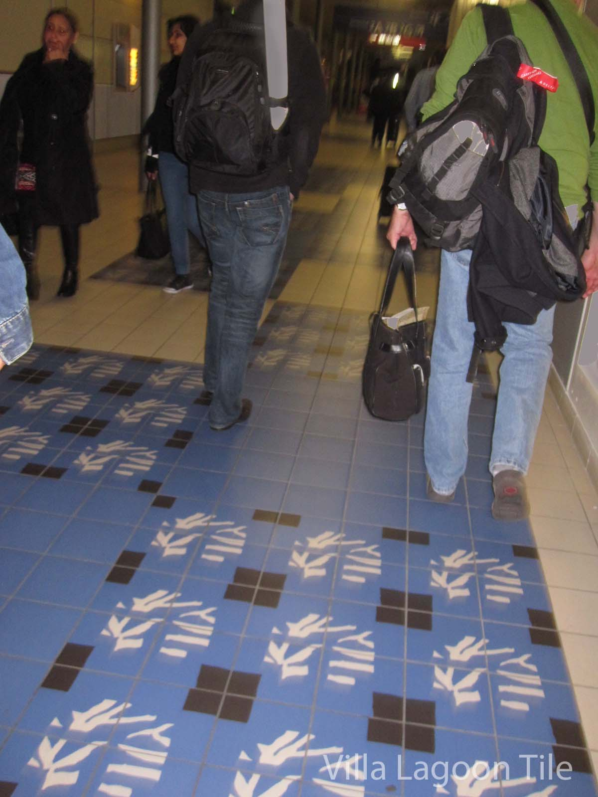 ciment-tile-paris-airport-VLT