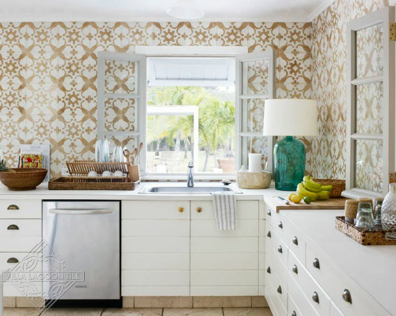 Tan and white cement tile pattern, San Antonio, on kitchen walls in Tom Scheerer project
