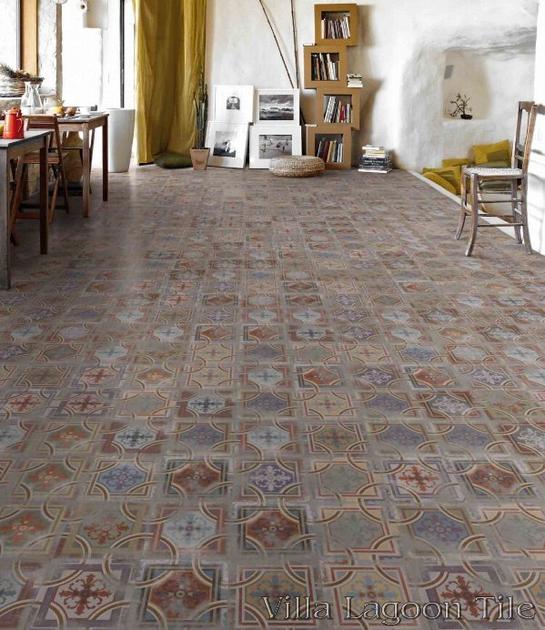 Comillas Patchwork Floor.